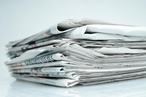 Digitale forbrugere kaster aviserne ud i frit fald