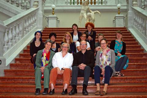 Die Initiatoren von www.buchbewegt-leipzig.de auf der Haupttreppe der Bibliotheca Albertina