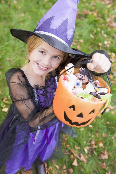 Skräm bort tandtrollen på Halloween