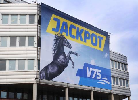 Dubbeljackpot på V75 på lördag