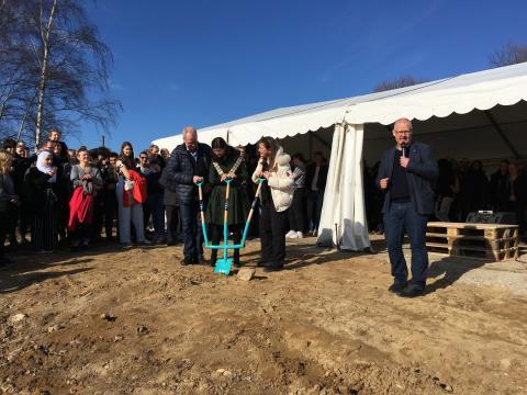 Byggeriet af H.C. Ørsted Gymnasiet i Lyngby er i gang