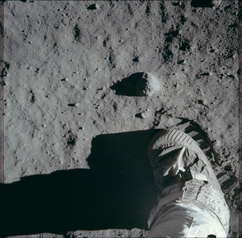 Moon Landings Lost Tapes_HISTORY (6)