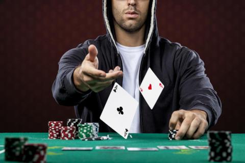 Công khai 5 bí quyết thắng Xì dách của cao thủ sòng bài