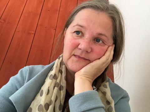 Gun Jacobson, författare och illustratör till Hundstallets barnböcker om Sumpen