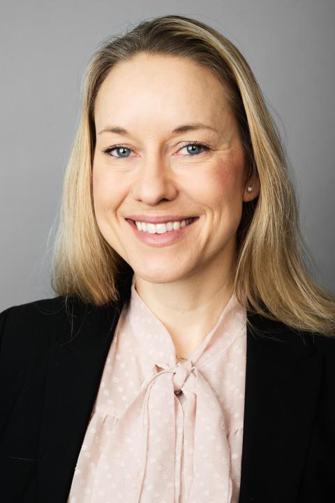 Lina von – Head of Marketing & Communications, Academic Work