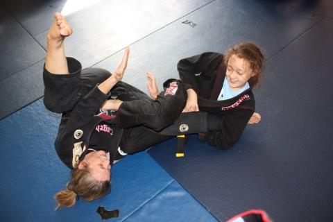 Unstoppable Girl seminar with Brazilian Jiu Jitsu black belt Helen Currie in Bradford
