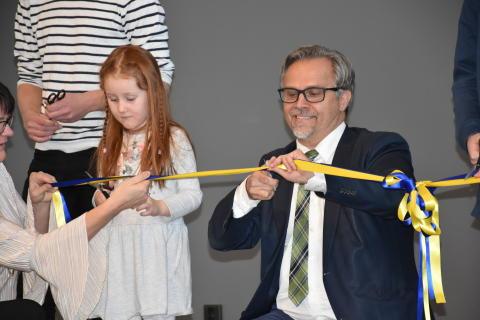 Idag invigdes Hultbergsskolan med helt ny idrottshall