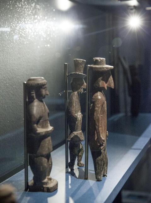 Korsvägar - träskulpturer från Guna Yala