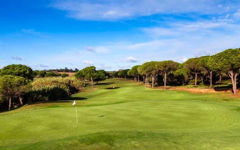 Nytt spännande resmål i Sunbirdies program - Punta Umbria – sol, sand, golf och hav!
