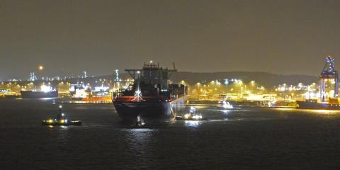 MSC Maya anlöper Göteborgs Hamn 2