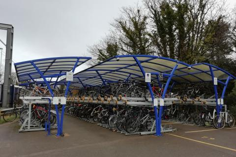 Harpenden station cycle racks
