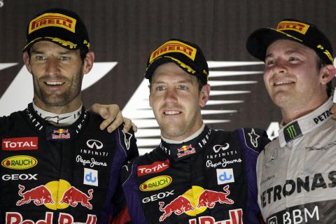 Vettel vinner efter två depåstopp under strålkastarljuset i Abu Dhabi