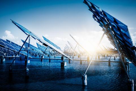 Nya rön bäddar för tunnare och starkare glas i solceller