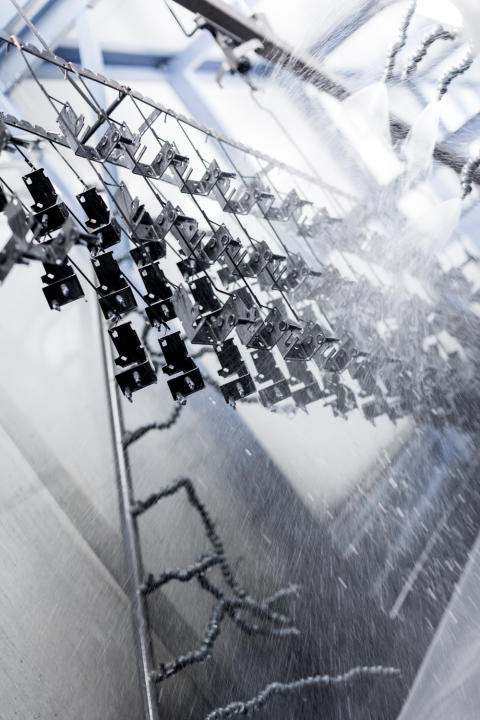 Proton Finishing Industripulver i Anderstorp, utbyggd förbehandlingstunnel och en helt ny anläggning för ED-lackering