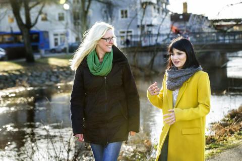 Vill du få hjälp att träffa svensktalande vänner?
