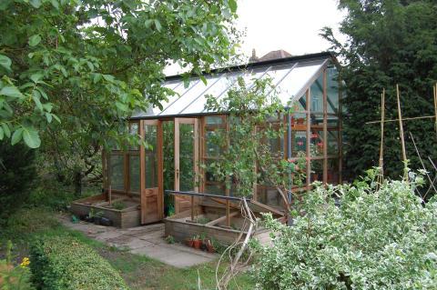 Planthouse från Gabriel Ash