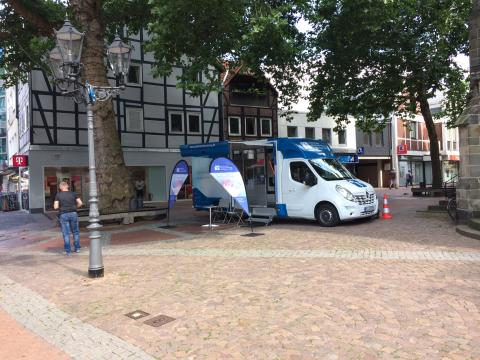 Beratungsmobil der Unabhängigen Patientenberatung kommt am 10. Oktober nach Peine.