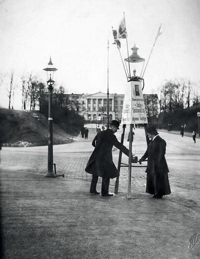 Frelsesarmeens julegryte avbildet i Kristiania i 1910.