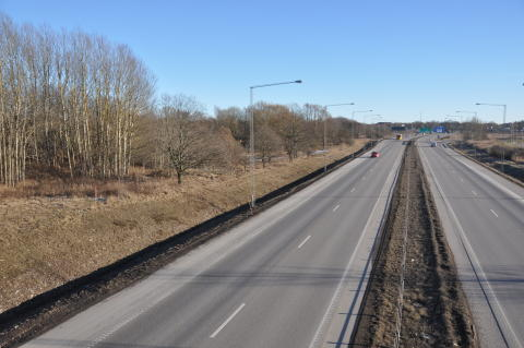 Hammerglass AB bygger 750 meter bullerskärm i Kalmar