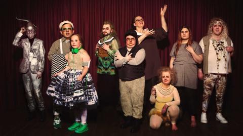 Tv.nu bloggar: Glada Hudik ger sig på Trollkarlen från Oz