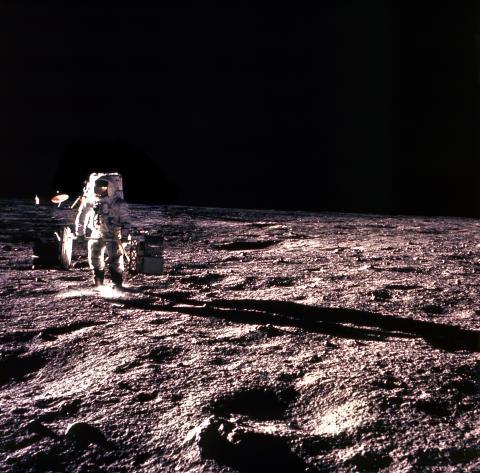 Moon Landings Lost Tapes_HISTORY (4)