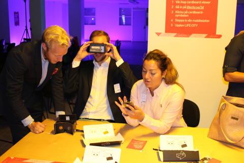 Mobiler kopplas till 3D-glasögon