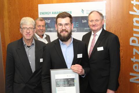 Jungakademiker Jan-Henrik Zünkler aus Nieheim erhält Energy Award 2018