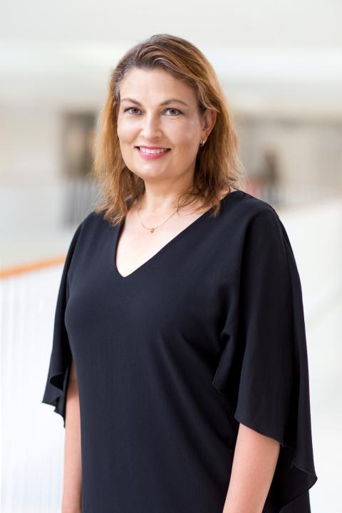 Helena Ozolins