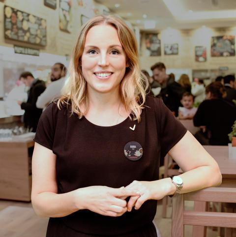 """""""Restaurangbranschens framtid och kompetensförsäkring ligger i att vi utvecklar de bästa ledarna"""" - VAPIANOS VD Hanna Mannberg om den nya ledarakademin för F&B chefer"""