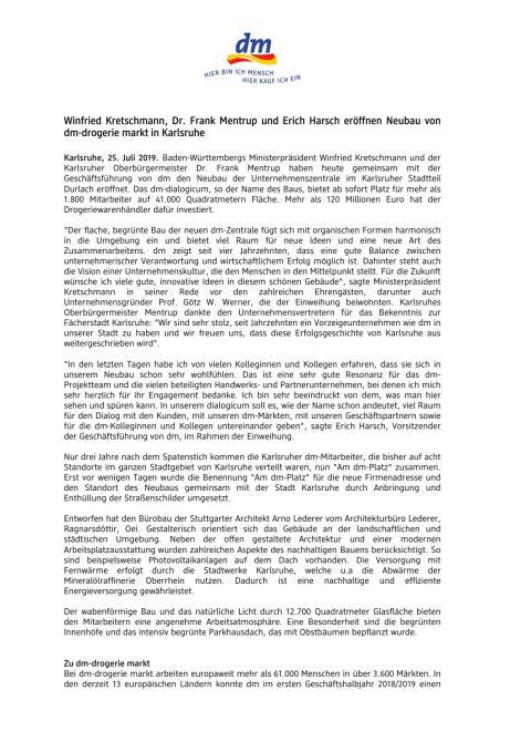 Winfried Kretschmann, Dr. Frank Mentrup und Erich Harsch eröffnen Neubau von dm-drogerie markt in Karlsruhe