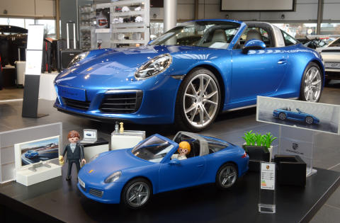 probefahrt gef llig porsche 911 targa 4 s von playmobil playmobil deutschland. Black Bedroom Furniture Sets. Home Design Ideas