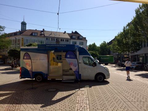 Beratungsmobil der Unabhängigen Patientenberatung kommt am 18. September nach Darmstadt.