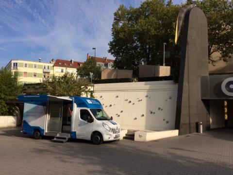 Beratungsmobil der Unabhängigen Patientenberatung kommt am 17. September nach Aschaffenburg.