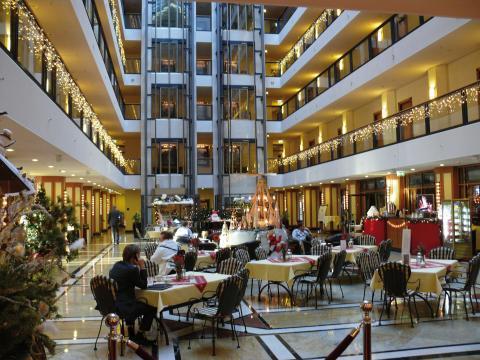 Maritim Hotel Dresden in Christmastime