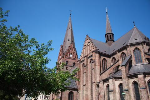 Lördag den 27 juni klockan 18.00 firas helgmålsbön i S:t Petri kyrka i solidaritet för Malmö stads mångfald!