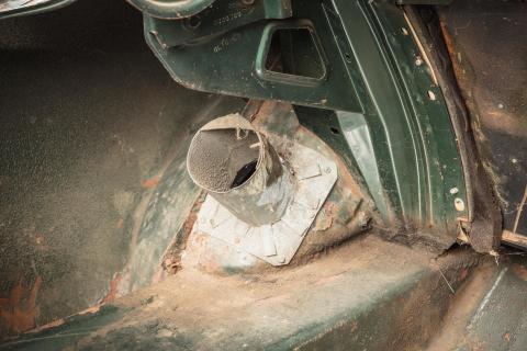 Original-1968-Mustang-Bullitt-modified-trunk