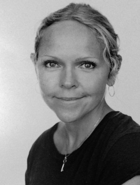 Elina Höglander