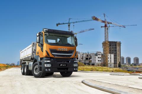 IVECO holder forpremiere på en ny let offroad-lastbil - Stralis X-WAY
