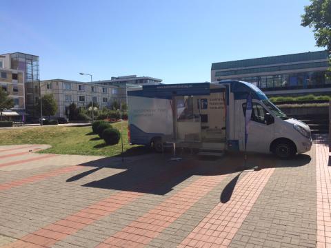 Beratungsmobil der Unabhängigen Patientenberatung kommt am 21. März nach Wolfsburg.