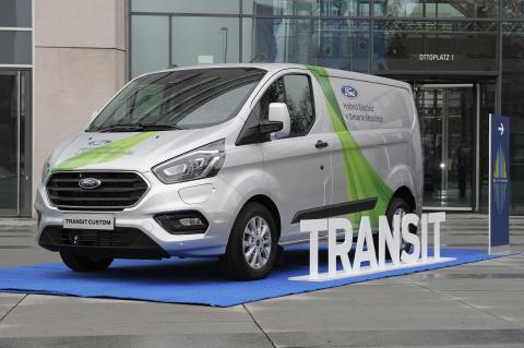 Ford und die Stadt Köln starten Projekt zur Erprobung von Nutzfahrzeug Plug-in Hybriden im innerstädtischen Verkehr