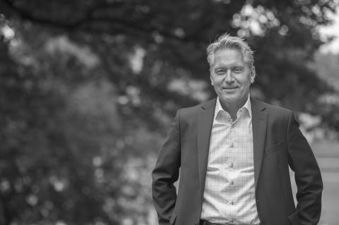 Anders Hvarfner ny koncernchef i Anthon B Nilsen Utdanning