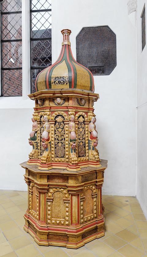 Billede 3: Fontegemme i Nyborg Vor Frue Kirke
