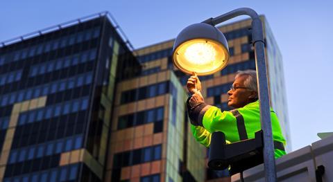 Skånska Energi uppför gatubelysning i Genarp