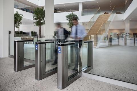 Åbenhed præger nyt hovedkontor hos Microsoft, hvor sikkerhed er en del af designet.