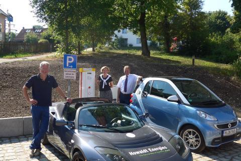 Presseinformation: Mobil mit Strom: Gemeinde Feldafing und Bayernwerk nehmen öffentliche Ladesäule in Betrieb