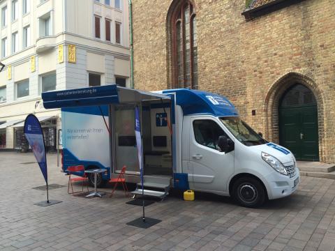 Beratungsmobil der Unabhängigen Patientenberatung kommt am 31. Juli nach Flensburg.
