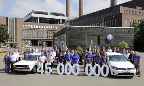 Volkswagens Wolfsburg-fabrik runder 45 millioner producerede biler