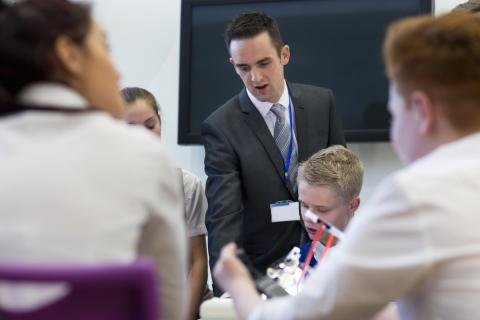 Minister urges young people to study STEM