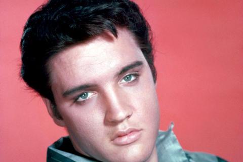 En hyllning till Elvis med originalmusiker