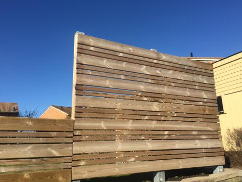 Hyresvärd kapade av plank som hyresgäst byggt